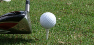 golf-club-ball-grass