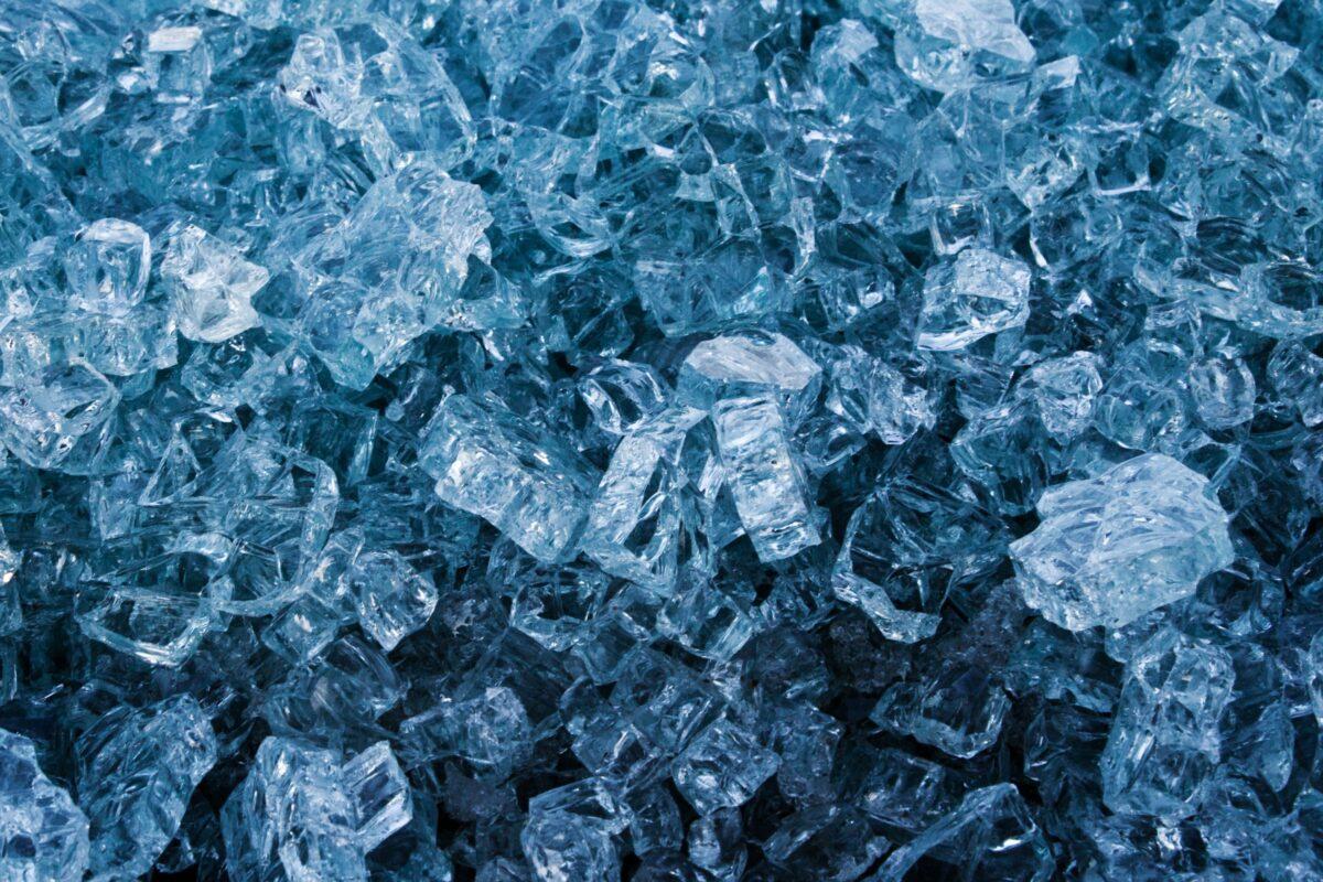 Vaudra-International-crystals-close-up